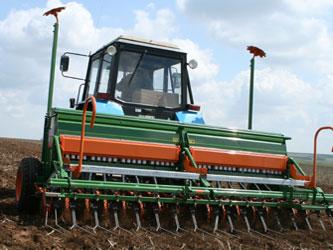 сельхозтехника, весенние полевые работы
